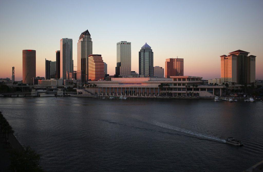 photo of Tampa skyline